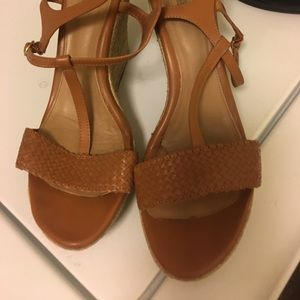 Like new Ugg wedge Sandle size 12 women's